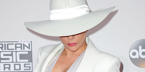 Ơn Trời, Lady Gaga đã hết thời thảm họa thời trang! - 3