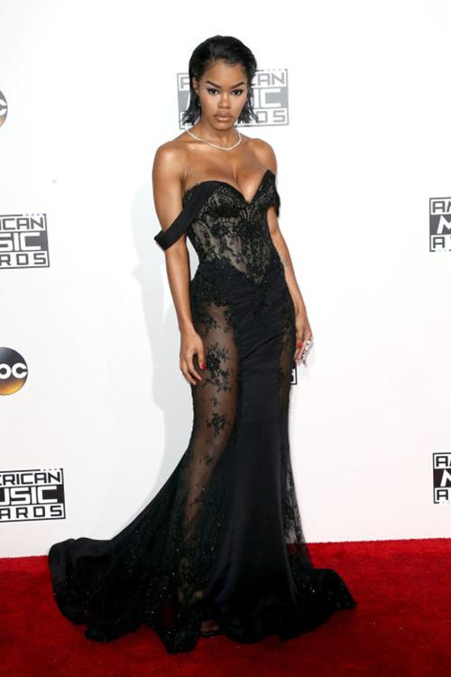 Ơn Trời, Lady Gaga đã hết thời thảm họa thời trang! - 10
