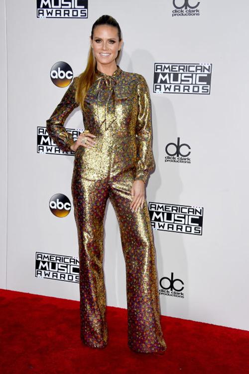 Ơn Trời, Lady Gaga đã hết thời thảm họa thời trang! - 8