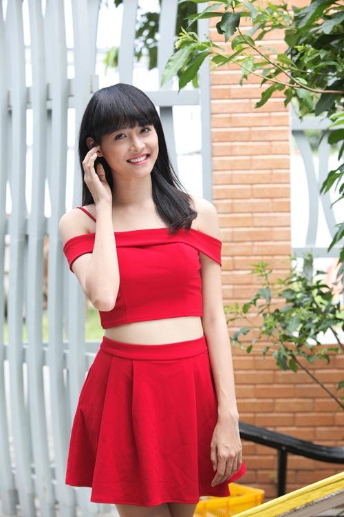 """Siêu mẫu Châu Á Trương Mỹ Nhân khoe thân hình bốc lửa khi vào vai thiếu nữ """"sống ảo"""" - 2"""