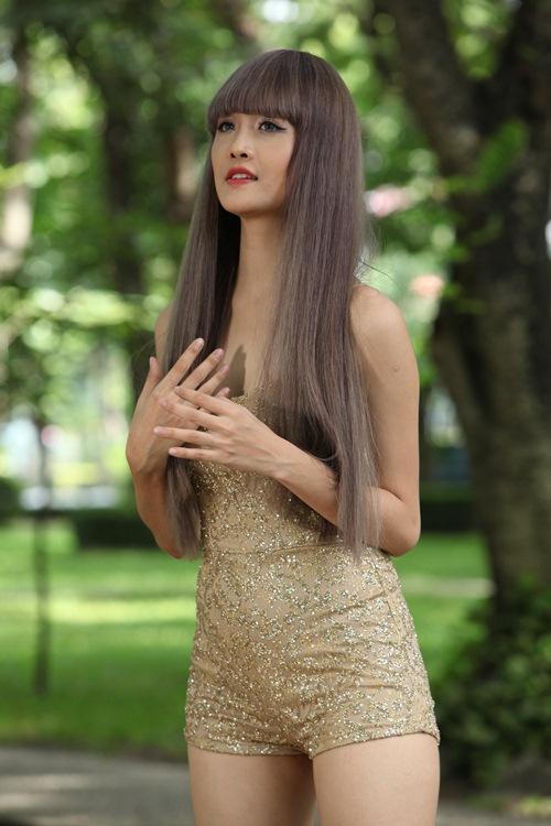 """Siêu mẫu Châu Á Trương Mỹ Nhân khoe thân hình bốc lửa khi vào vai thiếu nữ """"sống ảo"""" - 10"""