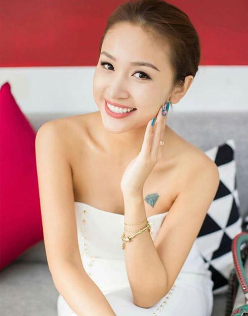 """4 co nang """"nhat ky vang anh"""" va cong cuoc """"vuot song gio"""" day ban linh - 1"""