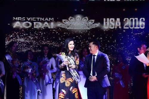 valencia tran boi thu giai thuong tai mrs vietnam aodai in usa 2016 - 4