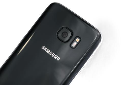 "galaxy s7 cung sap ban ra mau ""jet black"" giong het iphone 7 - 1"