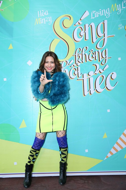 "hoa minzy: ""toi luy tinh khi yeu va truoc day thuong gia vo hanh phuc"" - 1"