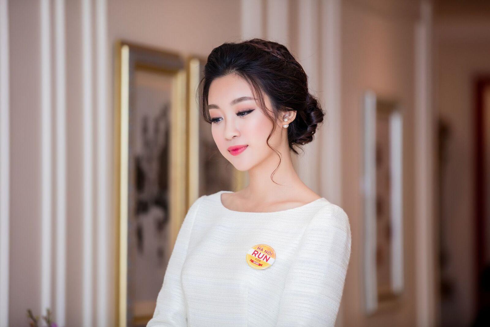 "hoa hau my linh ""an diem"" tuyet doi voi lua chon tinh gian nhung day thong minh - 3"