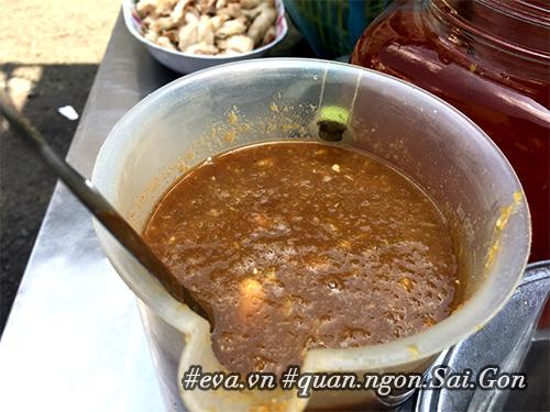 """di an hang banh khot via he co tom nhay """"khong lo"""" to nhat sai gon - 9"""