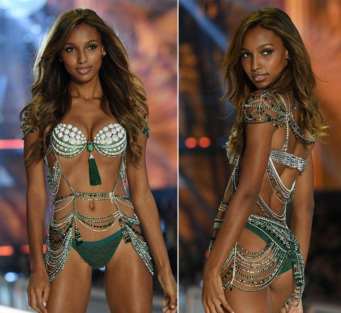 """Victoria's Secret Show 2016: """"Nổi da gà"""" vì sức nóng như núi lửa phun trào của dàn thiên thần nội y - 16"""