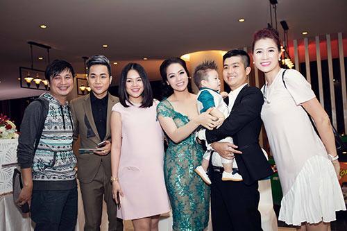 """Những bữa tiệc thôi nôi hoành tráng cỡ """"5 sao"""" của con sao Việt-18"""