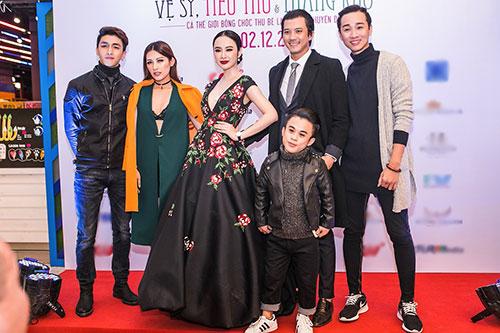 Angela Phương Trinh gây choáng khi đeo trang sức 2 tỷ đồng đi sự kiện ở Hà Nội-4