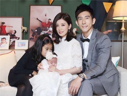 """""""Công chúa Triệu Mẫn"""" Giả Tịnh Văn trả lời tin cấm con dự đám cưới bố đẻ-8"""