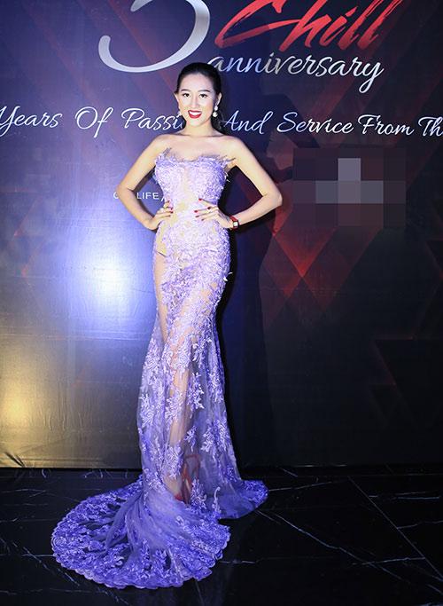Huỳnh Thúy Anh đẹp lộng lẫy, tái xuất showbiz sau 2 năm du học Mỹ-1