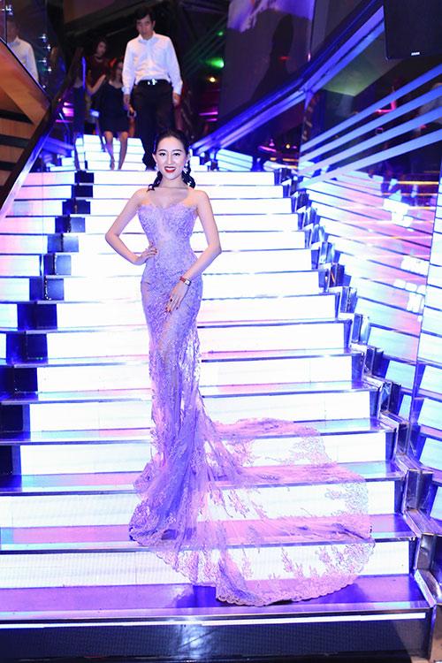 Huỳnh Thúy Anh đẹp lộng lẫy, tái xuất showbiz sau 2 năm du học Mỹ-2