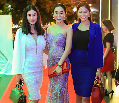 Huỳnh Thúy Anh đẹp lộng lẫy, tái xuất showbiz sau 2 năm du học Mỹ-7