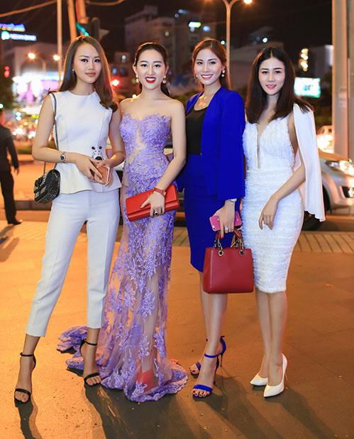 Huỳnh Thúy Anh đẹp lộng lẫy, tái xuất showbiz sau 2 năm du học Mỹ-6