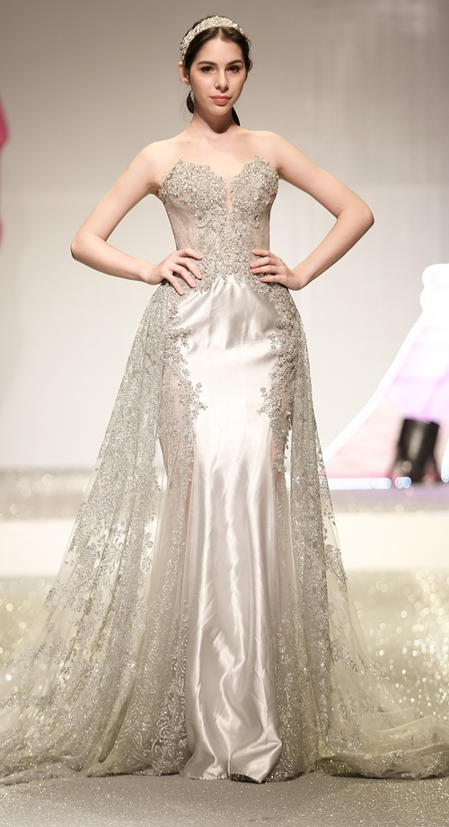 Khánh My lộng lẫy như công chúa, làm vedette trình diễn áo cưới - 11