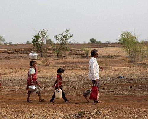 """Kỳ lạ: Ngôi làng mà đàn ông lấy nhiều vợ chỉ vì """"thiếu nước""""-3"""
