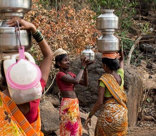 """Kỳ lạ: Ngôi làng mà đàn ông lấy nhiều vợ chỉ vì """"thiếu nước""""-4"""