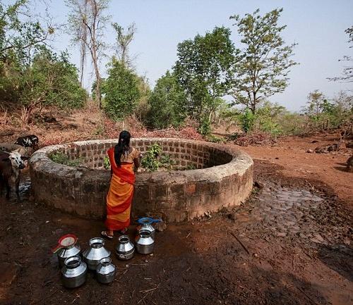 """Kỳ lạ: Ngôi làng mà đàn ông lấy nhiều vợ chỉ vì """"thiếu nước""""-6"""