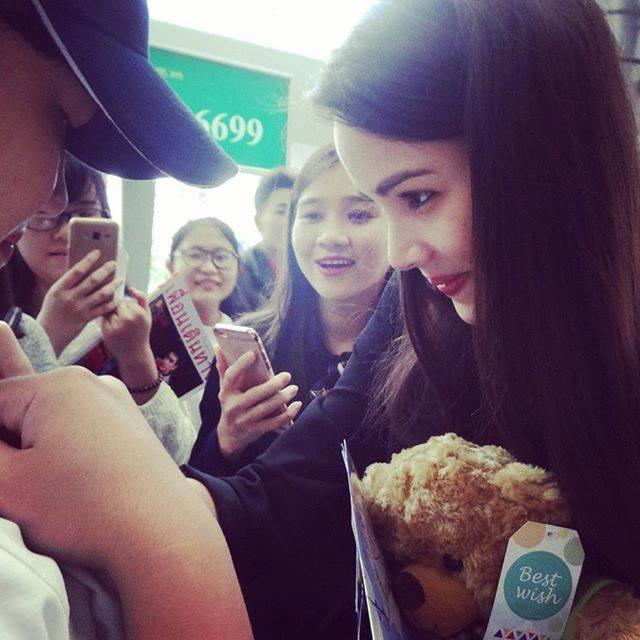 Người đẹp lai Thái Lan khoe ảnh đội nón lá xuất hiện tại Đà Nẵng - Huế-4