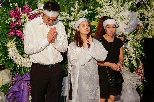 Chồng ra đi không kịp trăn trối, vợ NSƯT Quang Lý cố bình tĩnh trong đêm cuối tiễn đưa-10