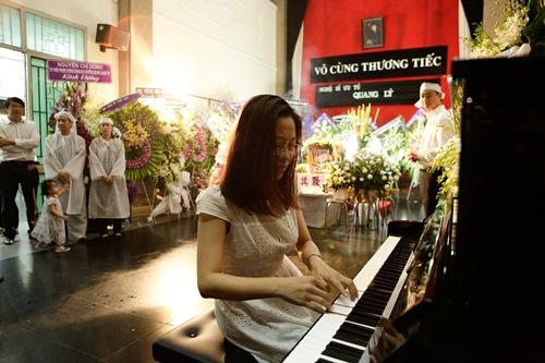 Chồng ra đi không kịp trăn trối, vợ NSƯT Quang Lý cố bình tĩnh trong đêm cuối tiễn đưa-16