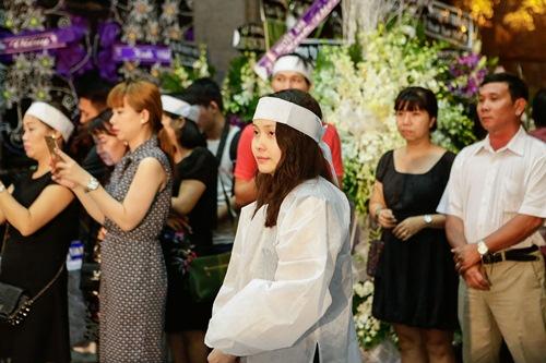 Chồng ra đi không kịp trăn trối, vợ NSƯT Quang Lý cố bình tĩnh trong đêm cuối tiễn đưa-12
