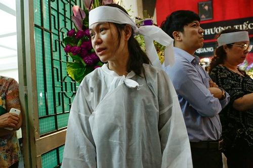 Chồng ra đi không kịp trăn trối, vợ NSƯT Quang Lý cố bình tĩnh trong đêm cuối tiễn đưa-11