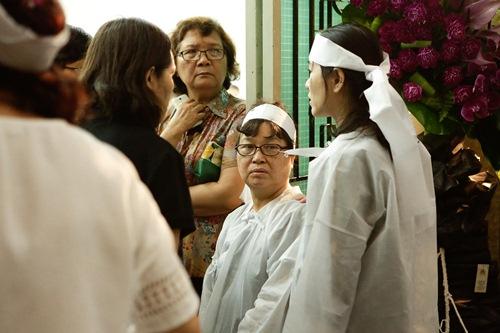 Chồng ra đi không kịp trăn trối, vợ NSƯT Quang Lý cố bình tĩnh trong đêm cuối tiễn đưa-3