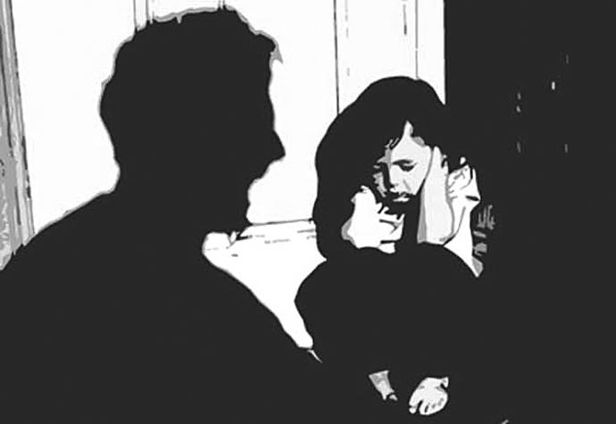 Xót xa trẻ em bị bạo lực tình dục bởi chính người thân-1
