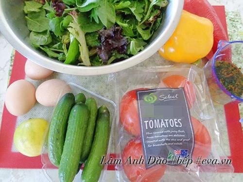 salad trung de an, giai ngan sau ngay le - 1