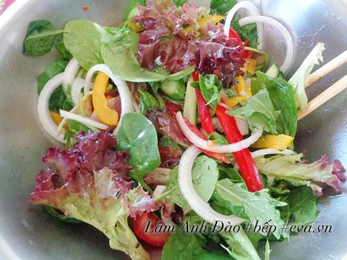 salad trung de an, giai ngan sau ngay le - 4