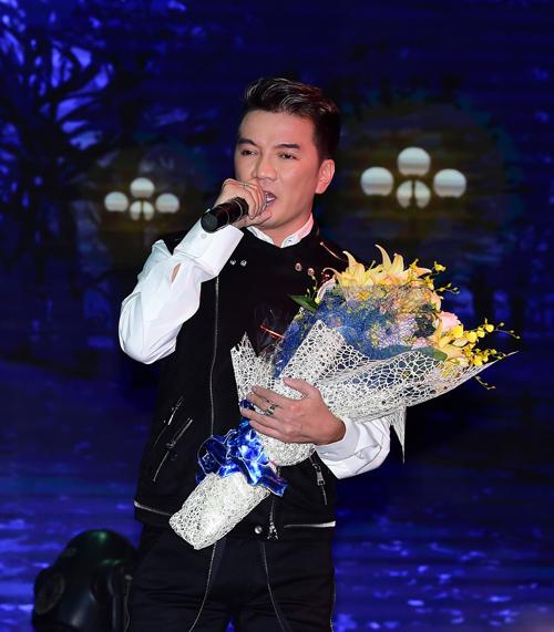 gia bao bat ngo doi liveshow, khang dinh khong muon ten dong nghiep de pr - 1