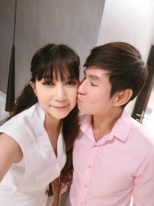 khanh thi muon con trai hoc hat bang kieu - 9