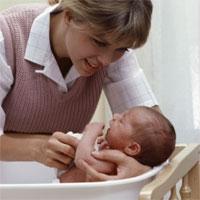Kỹ thuật tắm cho bé 1 tuần tuổi