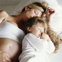 Có nên nằm ngửa trong thai kỳ?
