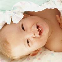 Khi nào thì bắt đầu đánh răng cho bé?