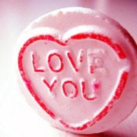 """8 cách nói """"Anh yêu em"""" độc đáo"""
