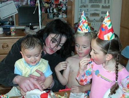 Con của Michael Jackson 'vụt sáng' thành sao - 1