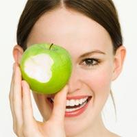 Bà bầu ăn rau xanh và hoa quả thế nào cho đúng?