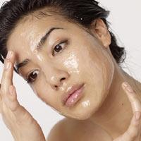 Làm đẹp da: Chăm sóc da nhờn trong mùa hè