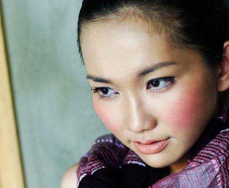 """Kim Hiền: """"Chồng cũ không hề gọi điện hay thăm hỏi mẹ con tôi."""" - 1"""