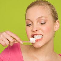 Tự làm trắng răng tại nhà!