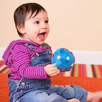 Hoạt động phát triển nhận thức cho trẻ từ 9-12 tháng tuổi