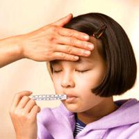 Cần làm gì khi trẻ em sốt