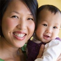Giúp con phát triển nhờ trò chuyện: 8-12 tháng tuổi
