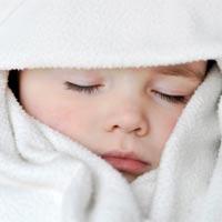 Mẹo giúp bé 1-2 tuổi ngủ ngon vào đêm