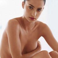Hậu quả khó lường bơm ngực bằng mỡ bụng