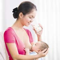 Sữa mẹ đâu chỉ dành cho bé bú!