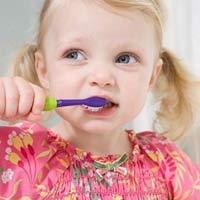 Phòng ngừa sâu răng từ xa cho trẻ